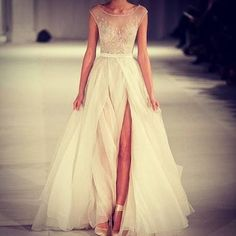 Love it...without the slit for my wedding though