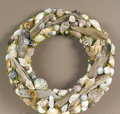 ow to make the prettiest Driftwood Seashell Wreath Stunning and Creative DIY Seashell Crafts Driftwood Wreath, Seashell Wreath, Driftwood Crafts, Seashell Art, Seashell Crafts, Beach Crafts, Diy Crafts, Seashell Wind Chimes, Summer Wreath