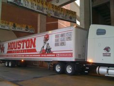 University of Houston Cougars - equipment transporter for away football games