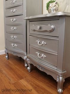 See how an 80's faux-wood French Provincial-style furniture set was glammed up with Modern Masters Metallic Paint.  girlinthegarage.net