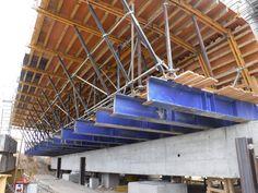 Budowa wiaduktu MS-22 w ciągu S7 metodą nasuwania podłużnego