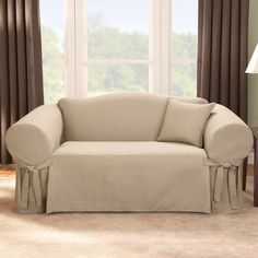 Sure Fit Slipcovers Target - Home Furniture Design Sure Fit Slipcovers, Loveseat Slipcovers, How To Make Sofa, Do It Yourself Sofa, Furniture Decor, Furniture Design, White Decorative Pillows, Techniques Couture, Couch Covers