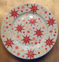 Bord, diameter 19 cm, by Cinipu
