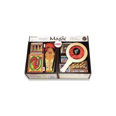 Acest set magic include 10 trucuri profesionale, dar usor de realizat de catre micii magicieni, fiind creat special pentru incepatori. Tinerii magicieni vor deveni mai increzatori si isi vor imbunat Melissa & Doug, Mai, Cots
