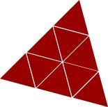 Zum Dreieck zusammengelegte Trimino-Steine