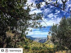 Fotturer i Costa Blanca liker vi. #reiseblogger #reiseliv #reisetips #reiseråd  #Repost @teamexpa (@get_repost)  Bli med på guidet fottur langs Spanias hvite kyst. Vi har lagt opp til turer i perioden 26. januar  18. februar  den samme perioden som alle mandeltrærne normalt blomstrer. Et fantastisk syn! Se mer på www.expa.no. #teamexpa #fotturer