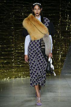 Miu Miu Spring/Summer 2016 Fashion Show