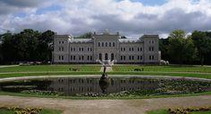 Pałac Ogińskich w Pługnianach