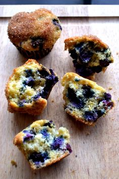 Blueberry Orange Muffins  - These buttery, moist muffins are bursting with tangy orange flavor and are stock full of delicious blueberries. A crowd pleaser, for sure. http://www.packmomma.com/blueberry-orange-muffins/