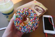 donut with sprinkles. ♡