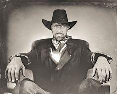 Nicolas cow-boy 2 - Photographe : Rémy HUART - 2016 - Photographie faite à la chambre grand format, sur plaque de verre selon la technique du collodion humide utilisée pendant la 2ème moitié du 19ème siècle. Je peux réaliser votre portrait soit sur verre translucide pour faire un négatif soit directement sur du verre teinté noir pour faire un positif appelé ambrotype, qui devient donc une œuvre unique. #wetplate #collodion #RemyHuart