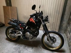 honda nx650 dominator dirty sandy 4h10.com Honda Dominator, Chopper Motorcycle, Bmw, Scrambler, Bobber, Cars And Motorcycles, Custom Bikes, Motorcycles, Traffic Light