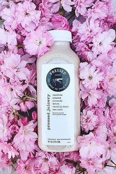 Florals & juice make the most romantic duo <3 #juicinghacks