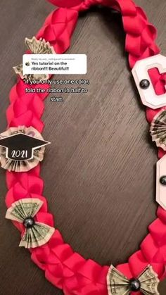 Make this cute ribbon lei for your Grads this year, money Leis Money Lay For Graduation, Leis For Graduation, Diy Graduation Gifts, Graduation Cap Decoration, Ribbon Lei, Diy Ribbon, Diy Money Lei, How To Make Leis, Creative Money Gifts