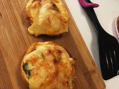 Meggyes amerikai pite | Eszter Lakó receptje - Cookpad receptek Ketchup, Dairy, Cheese, Food, Meal, Eten, Meals