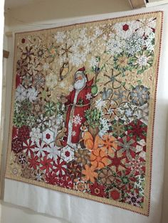 Doesn't this christmas quilt remind you of the old times? Cute Quilts, Old Quilts, Quilting Projects, Quilting Designs, Quilting Ideas, Fabric Panel Quilts, One Block Wonder, Snowman Quilt, Kaleidoscope Quilt
