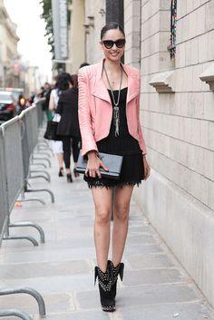 Or in pink street style Moda Alta Costura Otono Invierno 2014