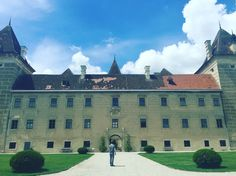Castle, Louvre, Mansions, Lifestyle, House Styles, Building, Travel, Home Decor, Mansion Houses