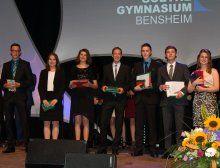 Abiturnote 1,0: Charlotte Passkowski, Julie Werner, Erik Schnaubelt, Daniel Crusius, Felix Döppel, Miriam Pfleiderer (v.l.)