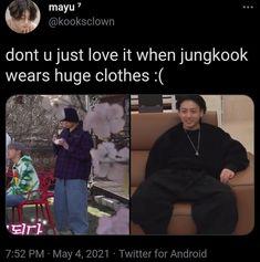 Funny Kpop Memes, Bts Funny Videos, Bts Memes, Kookie Bts, Jungkook Cute, Boys On Film, Drama Memes, Korean Words, Bts Tweet