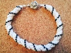 Chętnie udostępniam najnowszy produkt dodany do mojego sklepu #etsy: Cellini Beaded, boho, bracelet, Spiral ,Boho jewerlly gifts for her, Peyote, Teal bracelet, Hand made jewelry, Bead weaving, Glass beads #jewelry #bracelet #kobiety #poliester #jewellery #bracelets #giftideas #bohojewerlly #handmadejewerlly #cellinibracelet #cellini #cellinijewellry #glassbeads https://etsy.me/2LelmdE