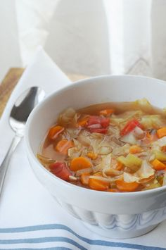 I decided to do the 7 Day Detox Cabbage Soup for the simple reason of my inflammation to my spine during the summer months. Detox the body in 7 days. Cabbage Soup Recipes, Diet Soup Recipes, Detox Recipes, Cooking Recipes, Juice Recipes, 7 Day Cabbage Soup Diet Recipe, Crockpot Cabbage Soup, Cabbage Chicken Soup, Cabbage Diet