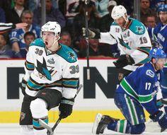 San Jose Sharks forward Logan Couture celebrates his power play goal (May 1, 2013).