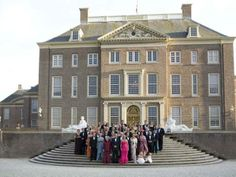 The Dutch Royal family and guests join in a group photo on Crown Prince Willem-Alexander's fortieth birthday ~ Sept 1, 2007
