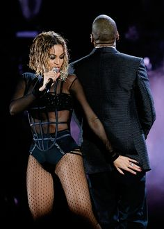 Beyoncè And Jay-Z Performing During The 56th Annual Grammy Awards