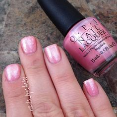 """Here's a closer look at this gorgeous glitter pink!! Three coats of """"Princesses Rule"""" from @opi_products I'm in love with this color!!!  #opi #pincessesrule by nails_bychelss"""