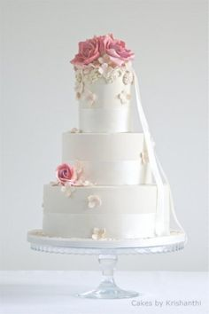 Lovely http://www.cakesbykrishanthi.co.uk/bespoke-wedding-cakes-london/