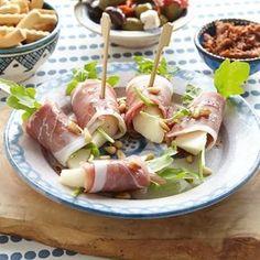 Rolletjes met ham en peer, een snel te maken verjaardags hapje.