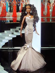#evening #gowns #barbies  ninimomo.com  12.32.4
