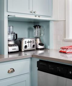 trendy kitchen storage ideas for small spaces cabinets appliance garage Kitchen Appliance Storage, Kitchen Cabinet Storage, Diy Kitchen Cabinets, Painting Kitchen Cabinets, Kitchen Paint, Storage Cabinets, Kitchen Organization, Kitchen Countertops, Diy Cupboards