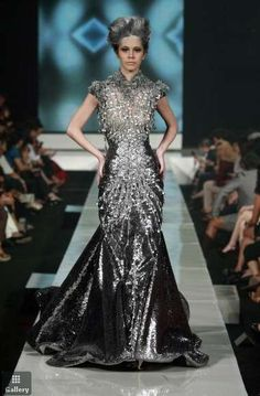 Tex Saverio 'La Glacon' Spring 2011 love the dress (not the hair and make up!)