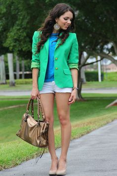 Would love if I could pull off this look. It's like high class college girl <3