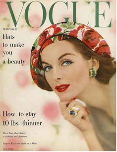 A stunning compilation of Vintage Vogue Covers, it details the illustrated covers of Vogue from 1909 through to Vogue Magazine Covers, Fashion Magazine Cover, Fashion Cover, Vanity Fair, Vintage Vogue Covers, Moda Retro, Moda Vintage, Vintage Fashion Photography, Glamour Photography