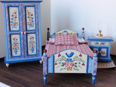 This bedroom set was painted in the Bavarian folk art style also known as Bauernmalerei. Hand Painted Furniture, Art Furniture, Furniture Design, Miniature Furniture, Dollhouse Furniture, Shabby Chic, Barbie Furniture, Bedroom Sets, Folklore