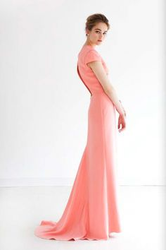 love this style... would make a great bridesmaid dress for my gorgeous sis! @Charlotte DeKeyrel
