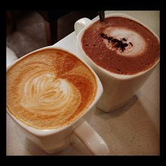 Caffè latte & hot chocolate