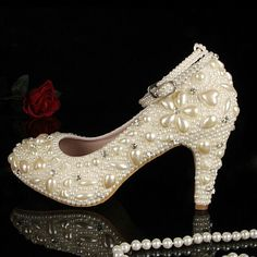 118.15$  Buy here - http://alichr.worldwells.pw/go.php?t=2038227528 - Closed toe ivory pearl diamonds with belt low heels wedding shoes Bridal Dress Shoes with Ankle Strap Shoes for Wedding Ceremony 118.15$