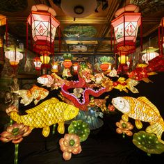 Fish Lamp, Instalation Art, Flag Garland, Flower Festival, Lantern Festival, Animal Costumes, Mid Autumn Festival, New Years Decorations, Chinese Dragon