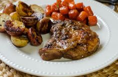 Cook pork chops low and slow in a super flavorful braise to ensure fork-tender, delicious skillet braised pork chops! Pork Sirloin Tip Roast, Cooking Boneless Pork Chops, Braised Pork Chops, Tender Pork Chops, Pork Loin, Supper Recipes, Pork Recipes, Cooking Recipes, Cooking Time