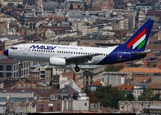 HA-LOS Malév Hungarian Airlines Boeing photographed by Tibor Mester Boeing Aircraft, Commercial Aircraft, Aviation, The Past, Aeroplanes, Southern, Models, Cities, Templates