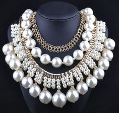 Trendy Elegant Statement Mulit Layer Chunky Pearl Bib Necklace Wholesale