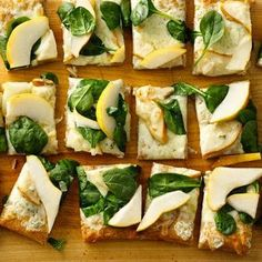 Pear and Gorgonzola Pizza--