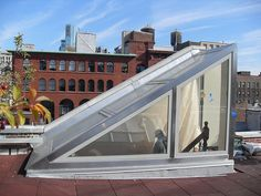 Easy And Cheap Cool Tips: Glass Roofing Canopy roofing terrace balcony.Modern Roofing Tiny Homes flat roofing design.Shed Roofing Entry. Shed Roof, House Roof, Retractable Pergola, Pergola Canopy, Roof Architecture, Pergola Plans, Pergola Kits, Pergola Ideas, Roof Light