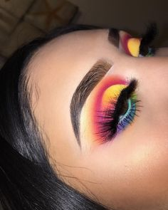 eyeshadow looks Just click the link for more information on eye makeup tips Makeup Eye Looks, Eye Makeup Tips, Cute Makeup, Glam Makeup, Makeup Goals, Makeup Inspo, Eyeshadow Makeup, Makeup Art, Makeup Inspiration