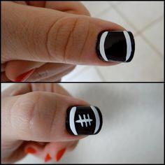NOTD: Football Nails