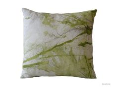 Painted pillow.Green throw pillow. Art collection by Beccatextile, €35.00